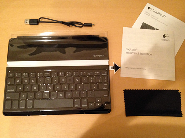 Logitech_Ultrathin_Keyboard_Cover02