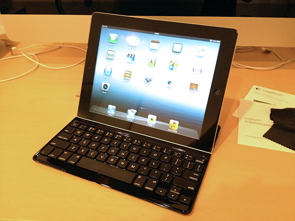 Logitech_Ultrathin_Keyboard_Cover03